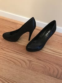 Nine-West Shoes - size 5