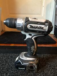 Price reduced from $100. Makita Cordless Drill with charger and case.