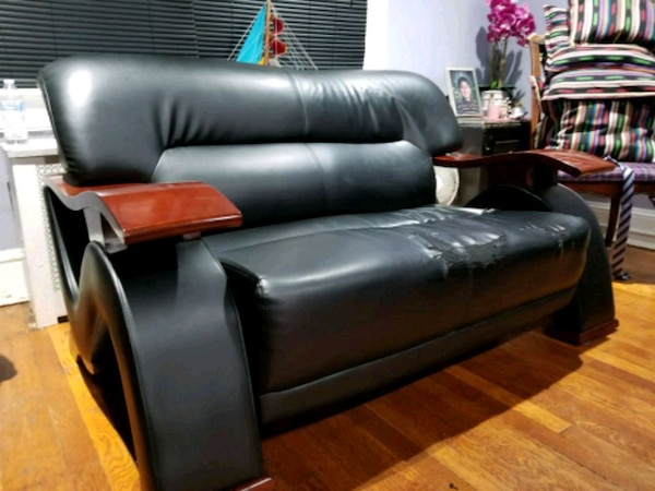 Sofa NEED TO SELL FAST