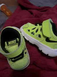 Baby nike FR2s BRAND NEW* size 2C Knoxville, 37918