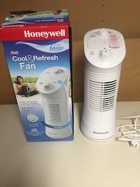 Honeywell Mini Tower Fan. Sarnia, N7S