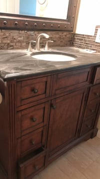 Cabinet with faucet and granite very nice like new  Los Angeles, 91306