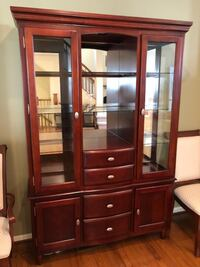 Beautiful cherry dining room hutch Germantown