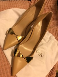 Stuart Weitzman brand new shoes 6.5 科利吉帕克, 20740