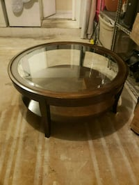 Round  coffee table. Round end table . 1/2 moon ta Miami, 33186