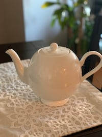 Never Used Teapot  Chicago, 60610