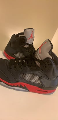 pair of black Air Jordan basketball shoes Washington, 20002