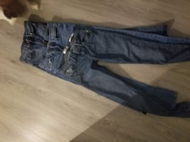 ladies size 1 guess jeans