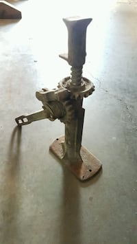 Antique Ford model T car jack.