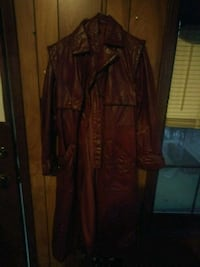 Size 9/10 red trench coat Mobile, 36695