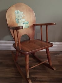 Brown wooden windsor rocking chair Prévost, J0R