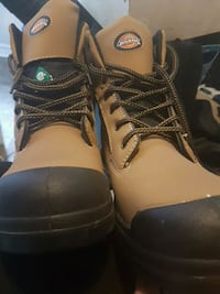 dickies work boots size 13 Newmarket, L3Y 1L7