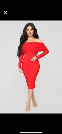 Never worn Red hot dress. Still with tags perfect for holidays  Montreal