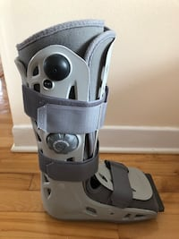 Aircast AirSelect Walker Brace/Walking Boot (medium)