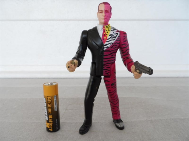 Batman Forever Two-face Kenner 1995 fa4a0083-9891-4c77-91aa-a1218297bda4