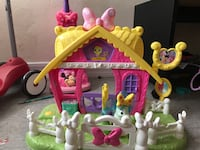 Minnie mouse play stable