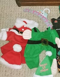 2 Dogs Xmas outfits-Small Fargo