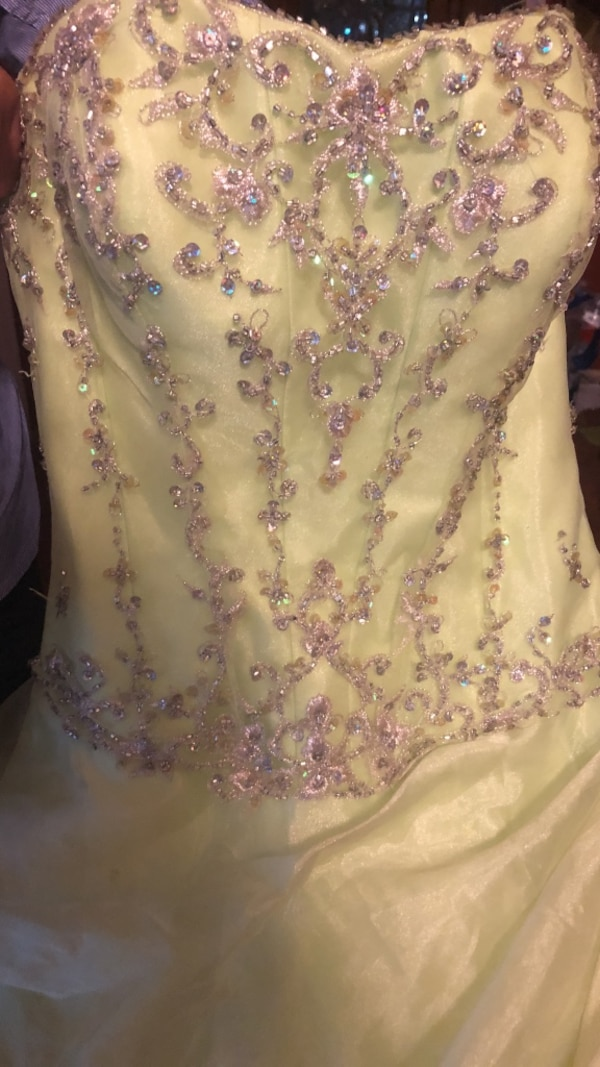 8d14d667b9d Used Quinceañera dress for sale in Pearland - letgo