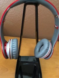 Solo Beats By Dr. Dre Solo Special Edition - Red/Gray Used wired