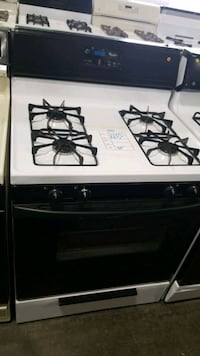 whirlpool natural gas Stove 30inches.  Queens