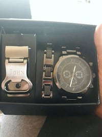 round silver chronograph watch with black leather  Delta, V4C 6H1