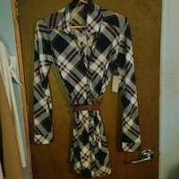 New plaid shirtb with belt with tags. Sand Springs