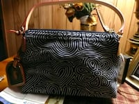 Dooney &Bourke Purse 15$ West Hazleton, 18202