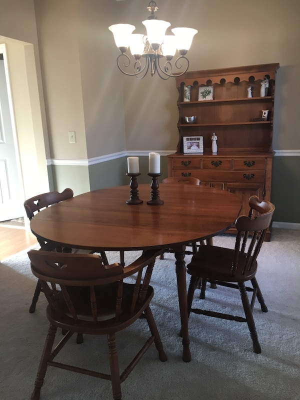 Swell Used Dining Table Chairs And Hutch Tell City Chair Download Free Architecture Designs Scobabritishbridgeorg