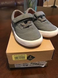 Sperry size 5 Hickory