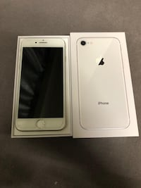 iPhone 8 White  535 km