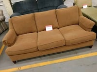 Country squire sofa Chicopee, 01013