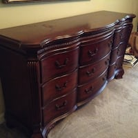 Solid Oak dresser negotiable  Gainesville, 20155