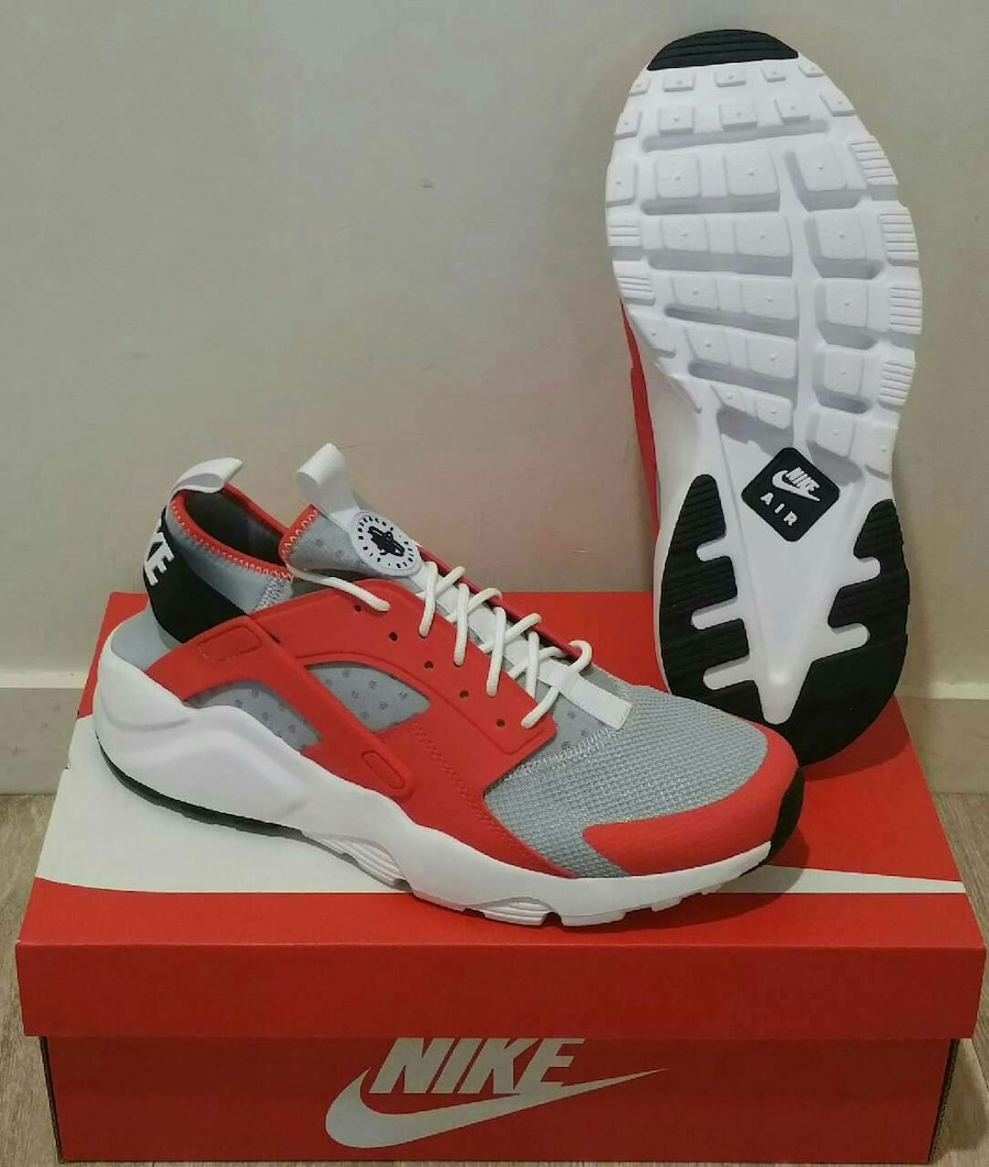 "Baskets ""Nike"" air huarache run ultra pointure 42"