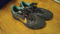 Size 11 Womens Nike Flywire Trey5 35 Running Shoes 1943 mi