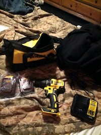 DeWalt drill driver with 2 batteries charger and bag