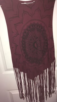 fringe maroon and white floral sleeveless top