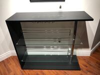 Bar console negotiable Toronto, M5V 2W8