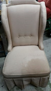 Chair Beaumont, 77707