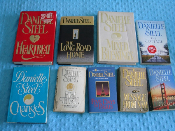 Danielle Steel Novels (28 available)