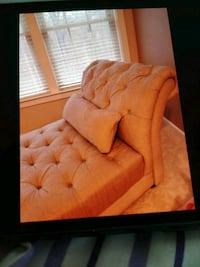 Classique Chaise. Linen color. Tufted design Odenton, 21113
