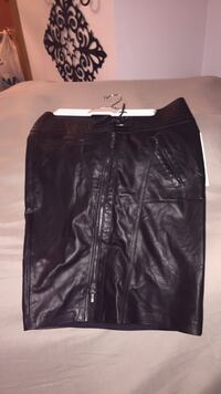 Woman's Black leather skirt