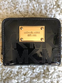 Black & Gold Michael Kors Logo Wallet