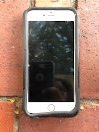 silver iPhone 6 with case Fayetteville, 28303