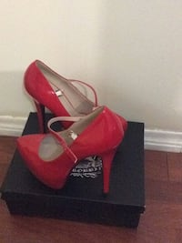 Brand new red high heel shoe with the box Toronto, M6M