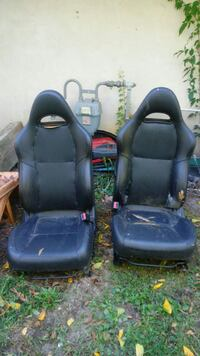 two black leather car seats