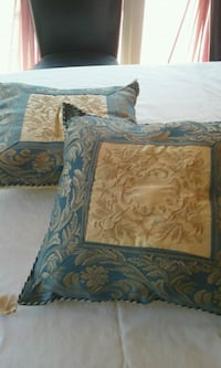 Throw pillows  Dearborn Heights, 48125