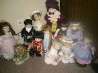 assorted ceramic figurines and figurines West Warwick, 02893