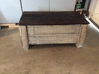 Rustic Wooden storage bench Langley, V3A 1R9