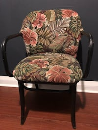 Floral Print Hipster Chair 538 km