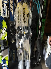 obrien youth water skis - brand new in box  Chestermere